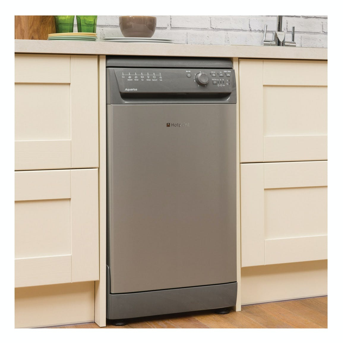 hotpoint sial11010g 45cm aquarius slimline dishwasher in. Black Bedroom Furniture Sets. Home Design Ideas